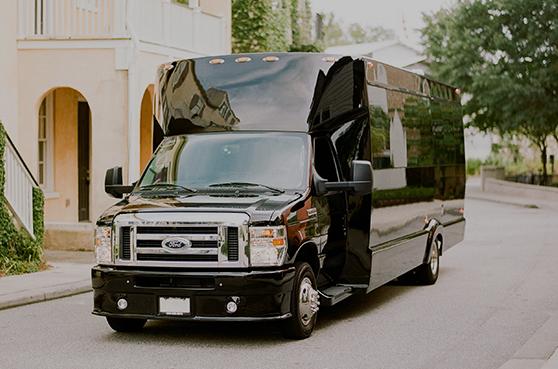 Coach Limousine Exterior